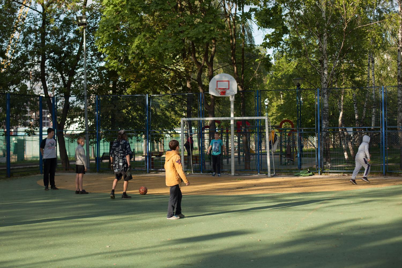 Спортивная площадка в парке 60-летия Октября