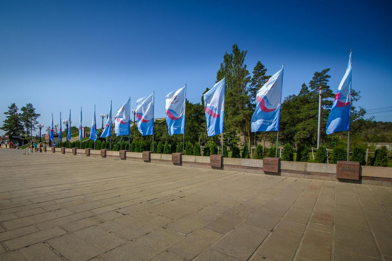 Тумбы с землей 12 городов-героев Советского Союза — ParkSeason