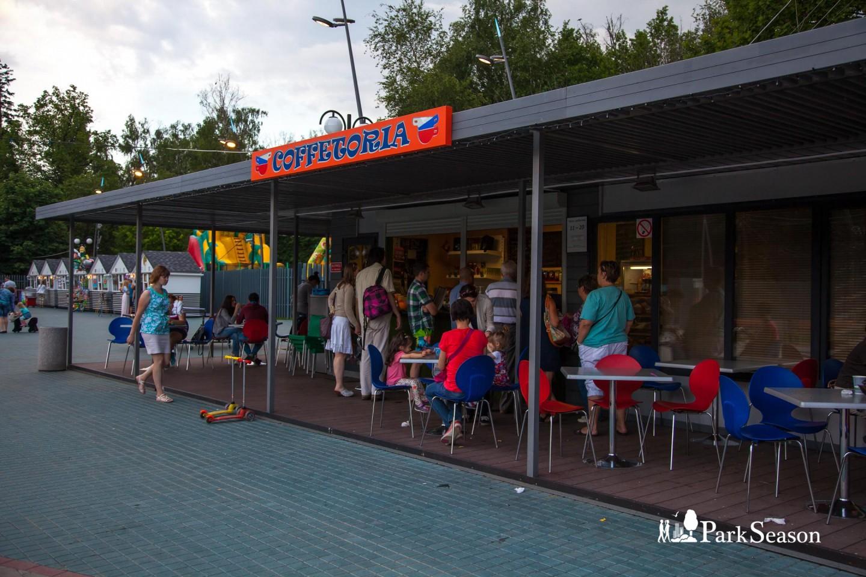 Кафе «Cofetoria», Лианозовский парк, Москва — ParkSeason