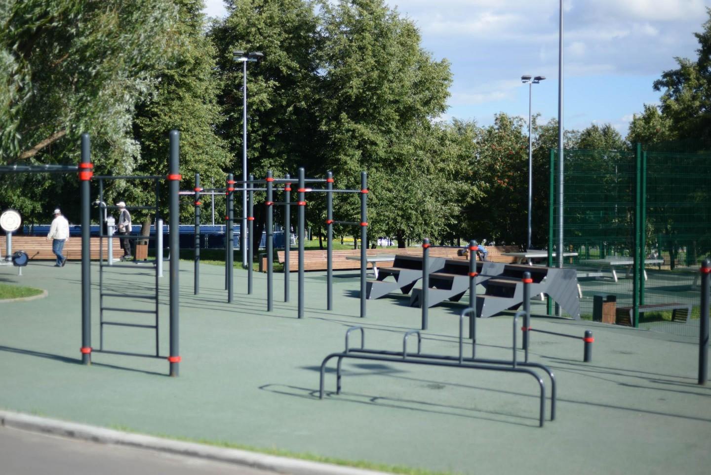 Площадка WorkOut, Парк «Садовники», Москва — ParkSeason