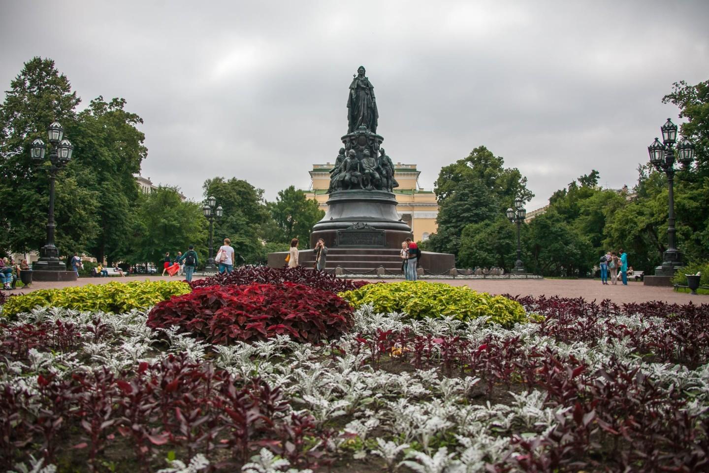 Памятник Екатерине II — ParkSeason