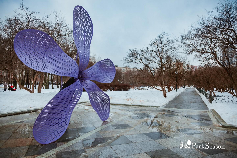 Арт-объект «Сирень», Сиреневый сад, Москва — ParkSeason
