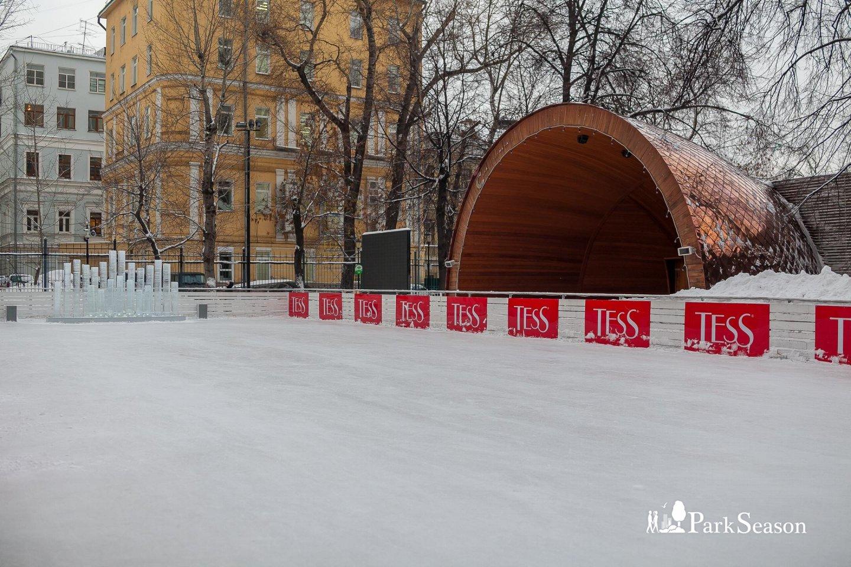 Эстрада, Сад им. Баумана, Москва — ParkSeason