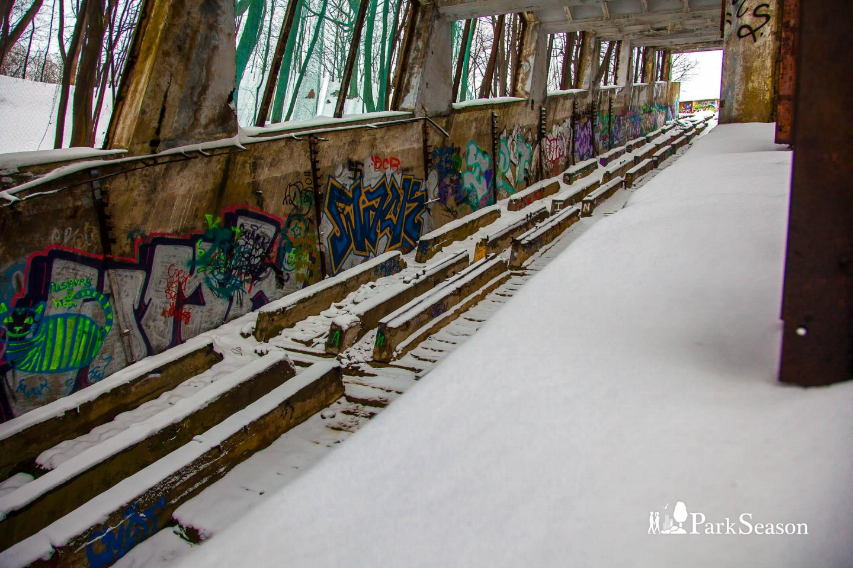 Эскалаторная галерея, Воробьевы горы, Москва — ParkSeason