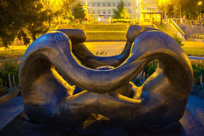 Скульптура «Колыбель человечества» — ParkSeason