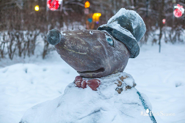 Скульптура крота, Парк «Северное Тушино», Москва — ParkSeason