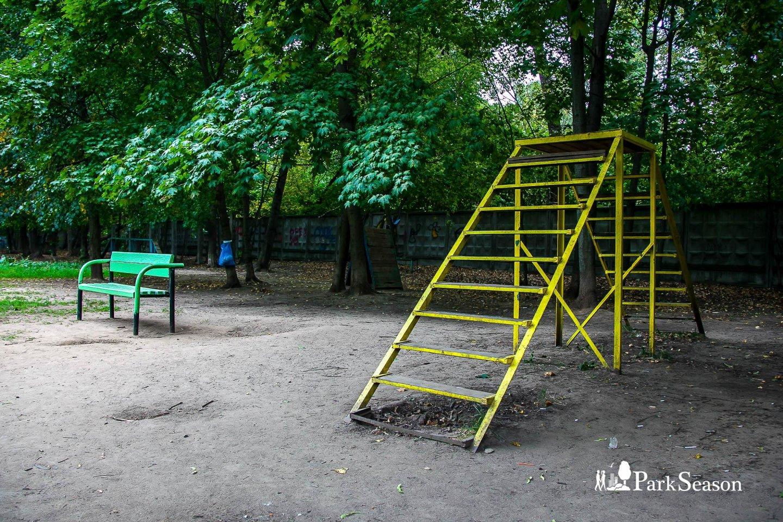 Площадка для выгула собак , Парк «Березовая роща», Москва — ParkSeason