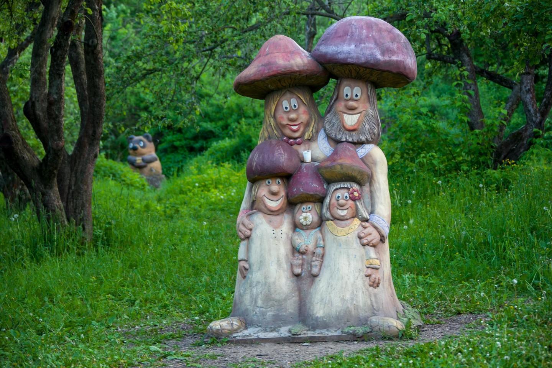 Скульптура «Грибы», Парк «Северное Тушино», Москва — ParkSeason