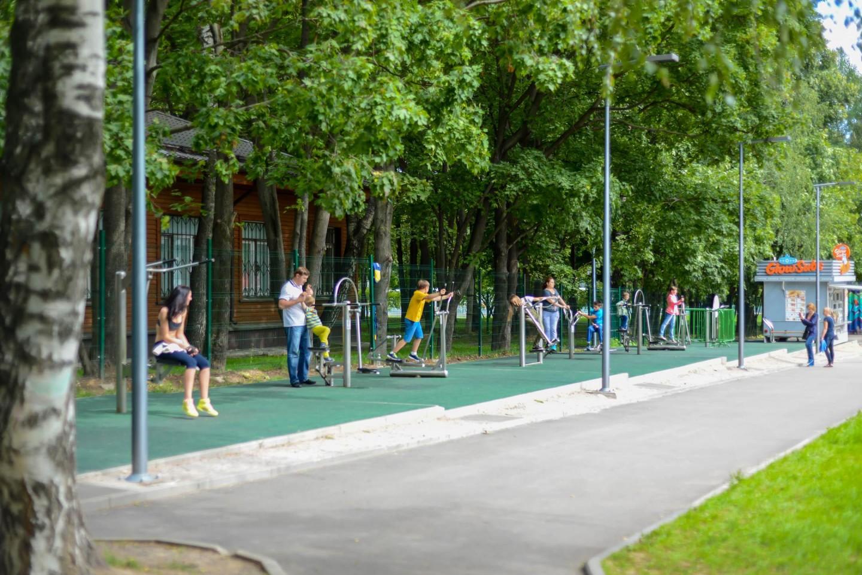 Уличные тренажеры, Парк «Кузьминки», Москва — ParkSeason