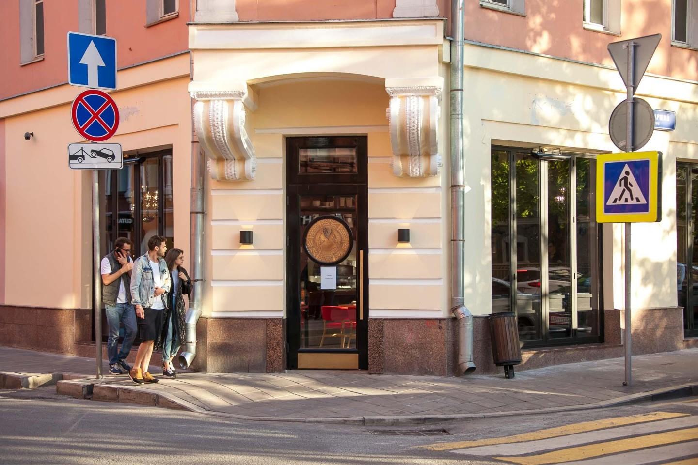 Кафе «Toto Corde», Патриаршие пруды, Москва — ParkSeason