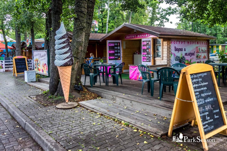 Уличное кафе «Йогурт-мороженое» — ParkSeason