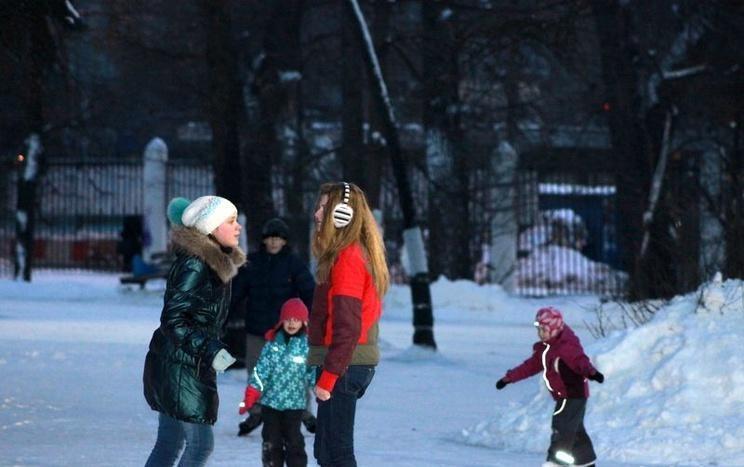 Каток «Ледовый бум» в парке им. Воровского  — ParkSeason