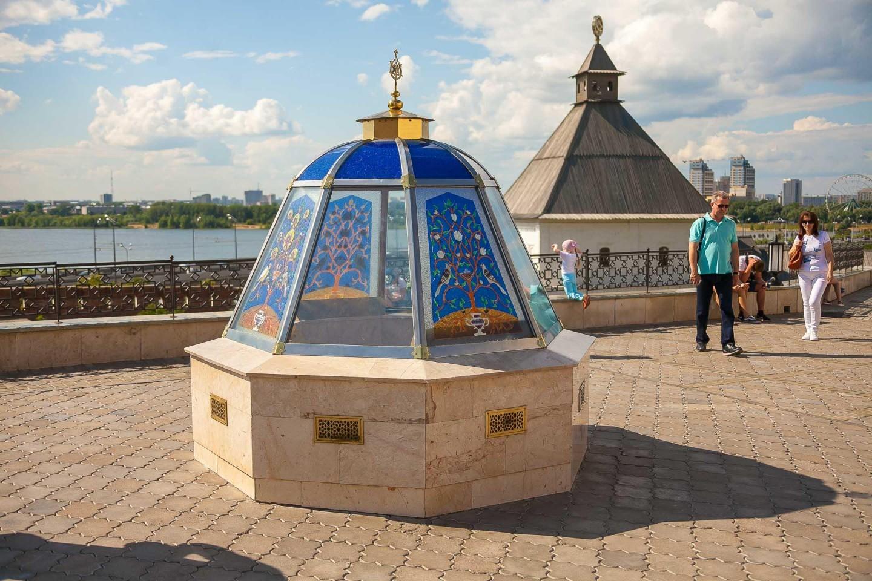 Мемориальная зона комплекса ханского двора — ParkSeason