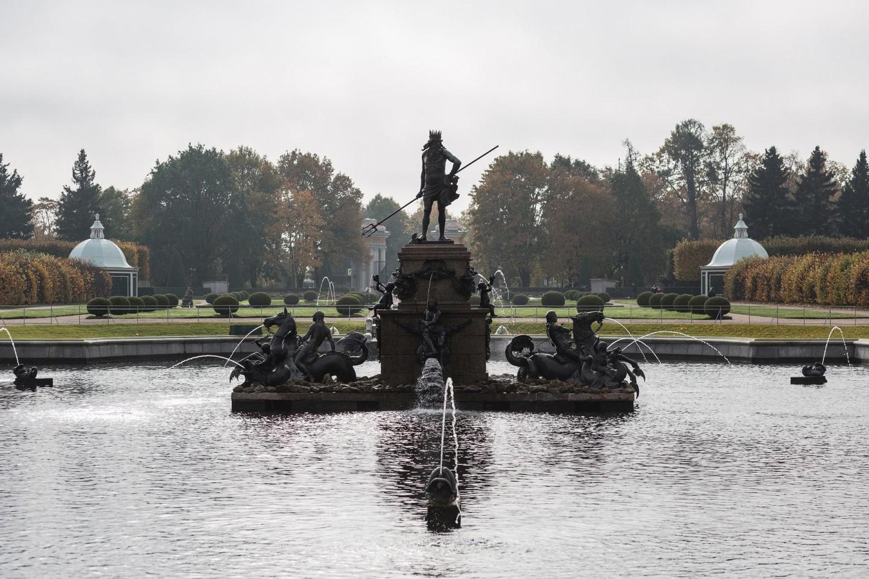 Фонтан «Нептун» — ParkSeason