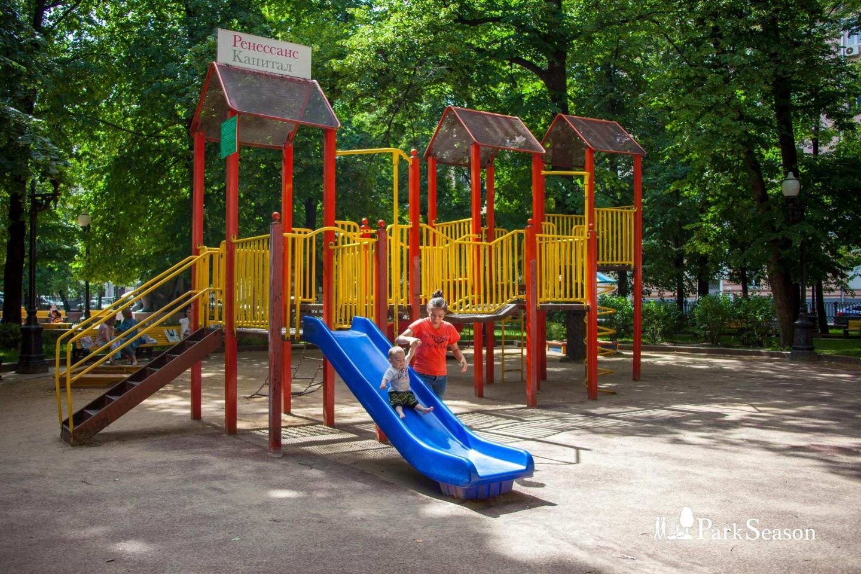 Детская площадка, Патриаршие пруды, Москва — ParkSeason
