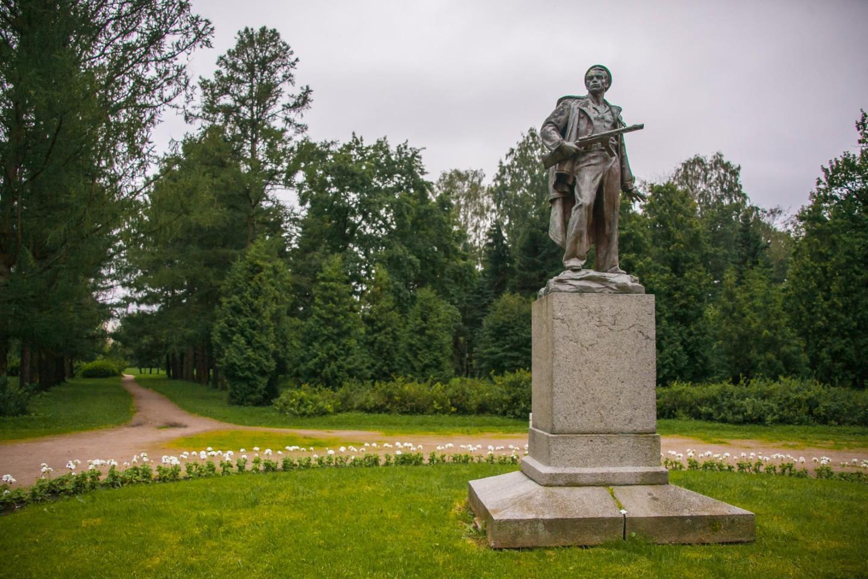 Памятник морякам десантникам — ParkSeason