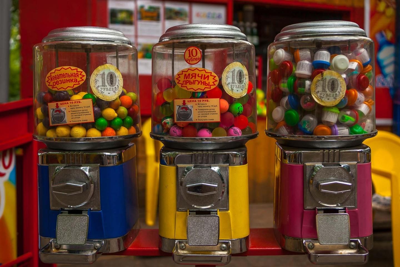 Автоматы с жевачкой и игрушками — ParkSeason