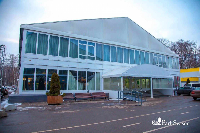 Конгрессно-выставочный центр: павильон № 7а, Парк «Сокольники», Москва — ParkSeason