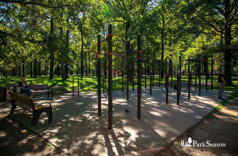 Площадка WorkOut, Парк имени Льва Толстого (Химки), Москва — ParkSeason