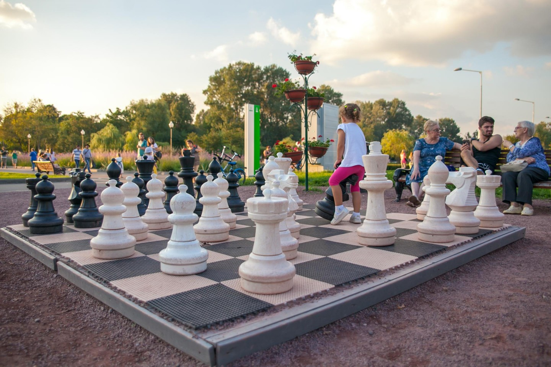 Гигантские шахматы (закрыто) — ParkSeason