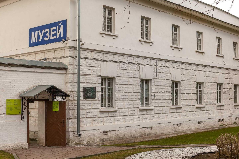 Служительский флигель \ Музей, Парк «Кузьминки», Москва — ParkSeason
