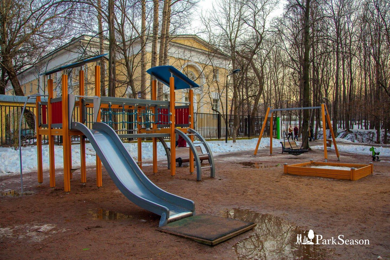 Детская площадка, Нескучный сад, Москва — ParkSeason