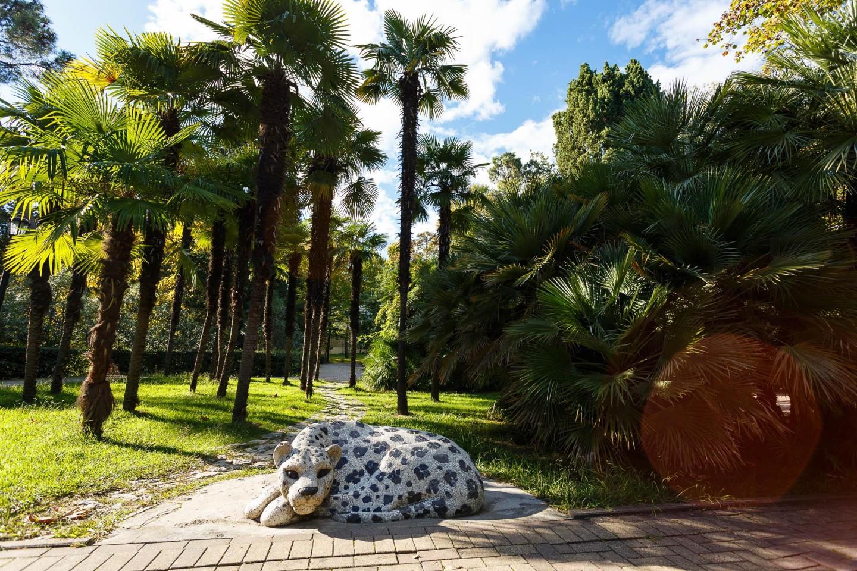 Скульптура «Леопард» — ParkSeason