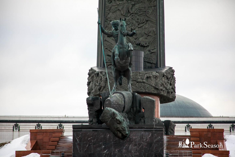 Монумент Победы, Парк Победы на Поклонной горе, Москва — ParkSeason