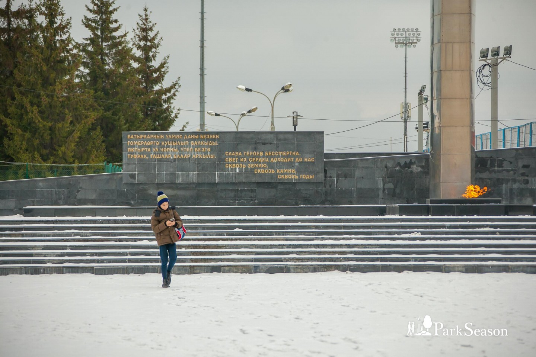 Стела Павшим за Советскую власть — ParkSeason