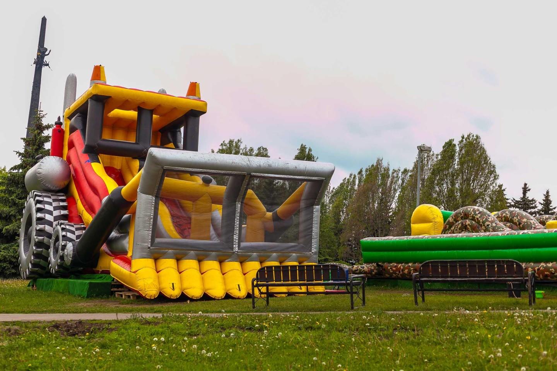 Надувные батуты, Парк Победы на Поклонной горе, Москва — ParkSeason