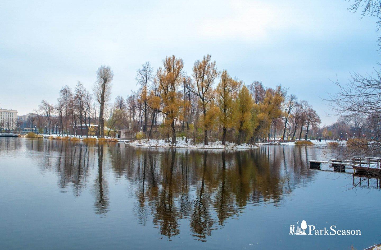 Голицынский пруд, Парк Горького, Москва — ParkSeason