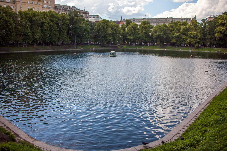 Патриарший пруд, Патриаршие пруды, Москва — ParkSeason