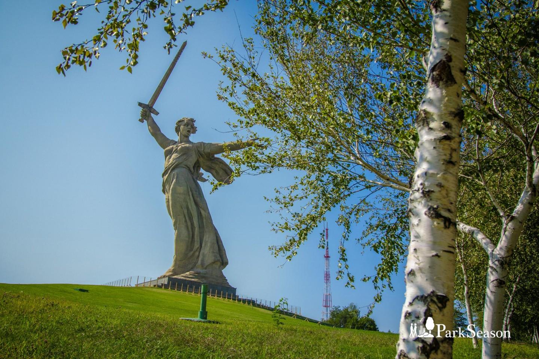 Главный монумент «Родина-мать зовет!» — ParkSeason