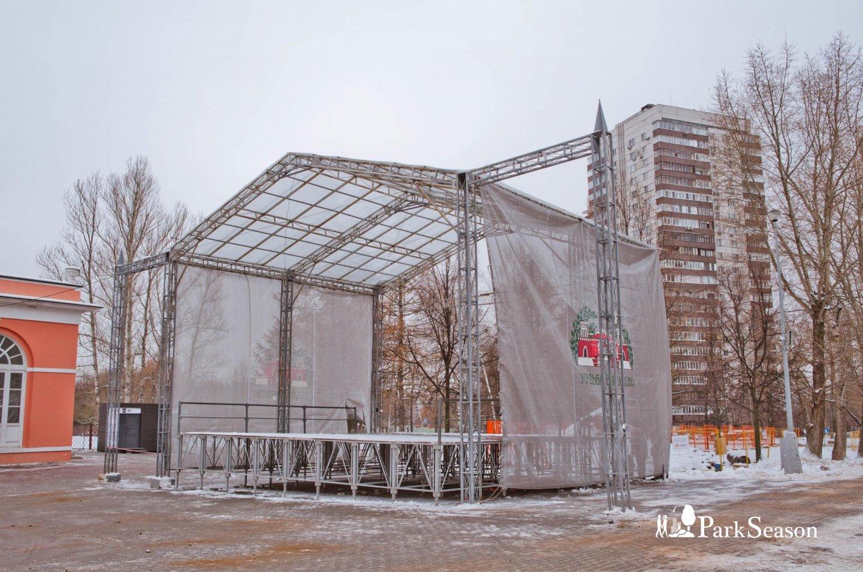 Сцена, Усадьба «Воронцово», Москва — ParkSeason