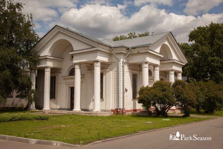 Комплекс «Коневодство» (павильон № 41 и павильон № 43), ВДНХ, Москва — ParkSeason