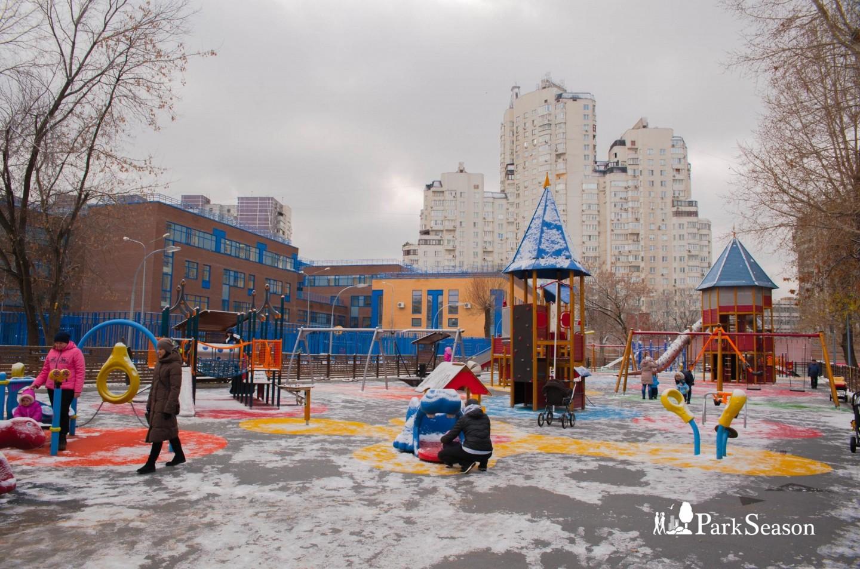 Детская площадка, Парк «Таганский», Москва — ParkSeason