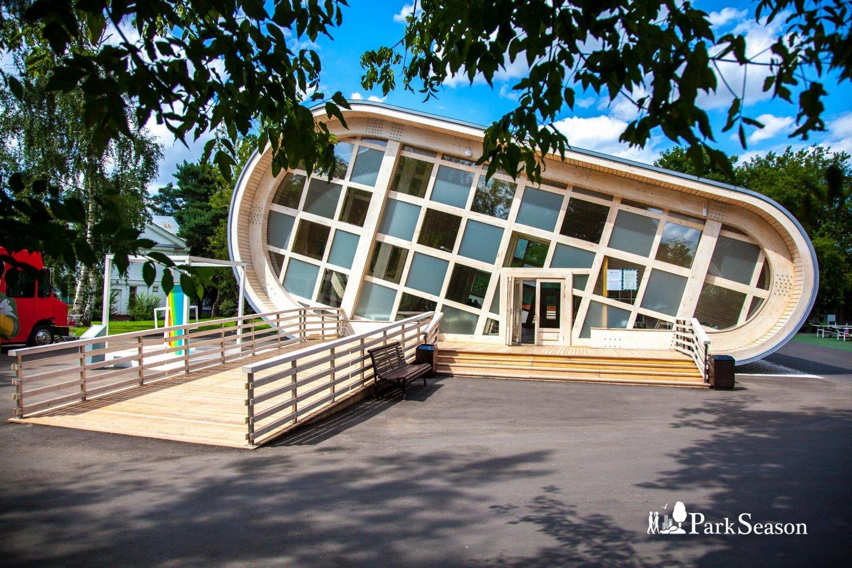 Шахматный клуб в «Local Дача», ВДНХ, Москва — ParkSeason