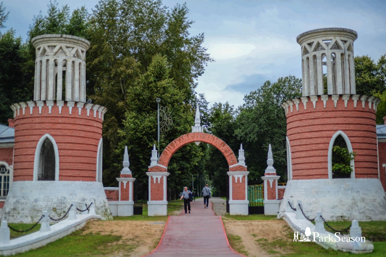 Главный вход, Усадьба «Воронцово», Москва — ParkSeason
