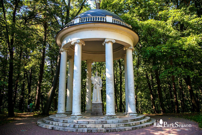 Беседка «Храм Цереры», Музей-заповедник «Царицыно», Москва — ParkSeason
