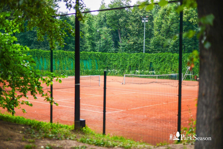 Теннисный корт (временно закрыт) — ParkSeason