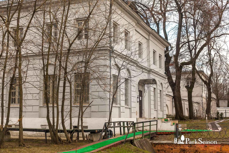 Померанцевая оранжерея, Парк «Кузьминки», Москва — ParkSeason