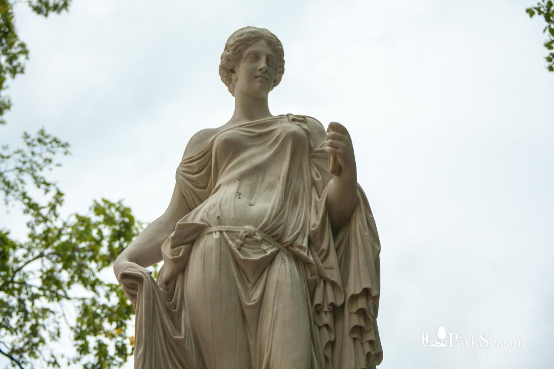 Статуя Флоры — ParkSeason