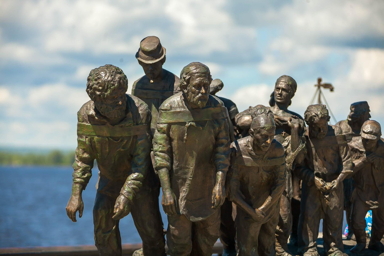 Скульптура «Бурлаки на Волге» — ParkSeason
