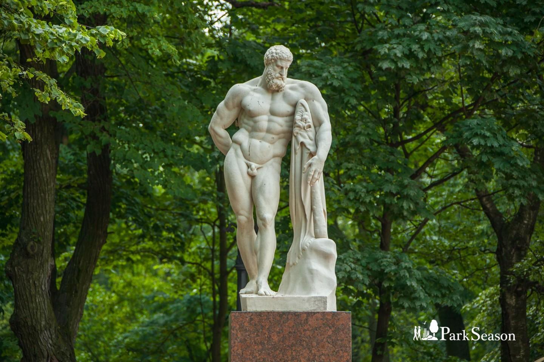 Скульптура Геракла — ParkSeason