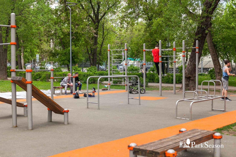 Площадка WorkOut, Парк «Перовский», Москва — ParkSeason