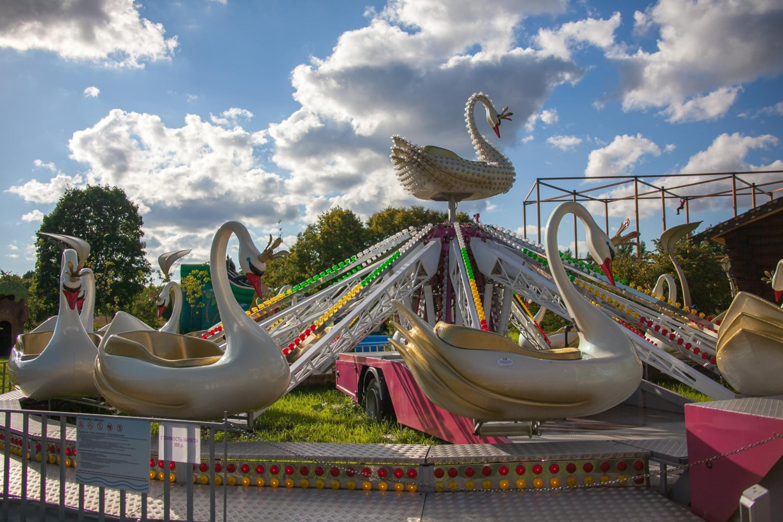 Аттракцион «Лебеди» — ParkSeason