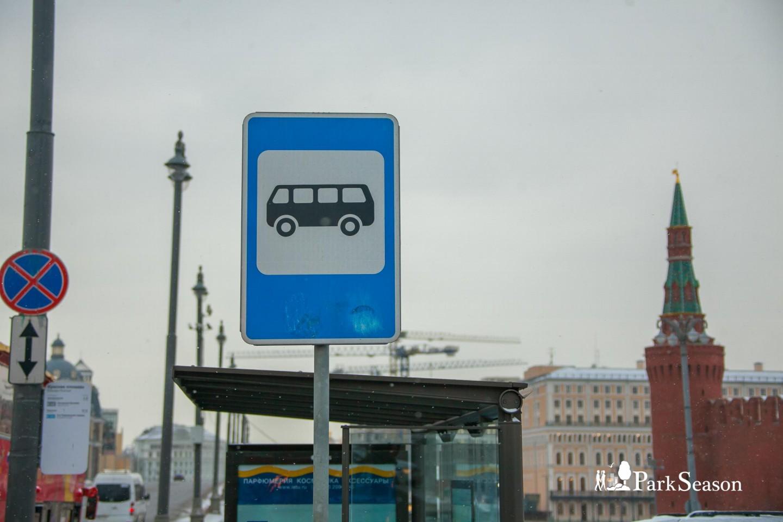 Остановка общественного транспорта «Красная площадь» — ParkSeason