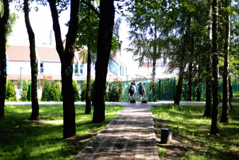 Вход в парк, Парк Дружбы, Москва — ParkSeason