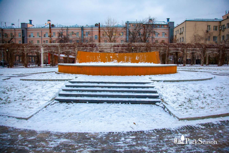 Подиум, Сад им. Баумана, Москва — ParkSeason