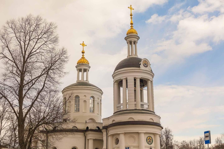 Храм Влахеринской иконы Божией матери, Парк «Кузьминки», Москва — ParkSeason